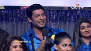 Jhalak Dikhhla Jaa - 14th September 2013 (Season 6) - Episode 31 - Jhalak Dikhhla Jaa Graduation Night