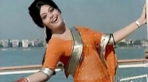 Yuhi Tum Mujhese Baat Karti Ho - Rajesh Khanna - Mumtaz - Sachaa Jhutha - Old is Gold