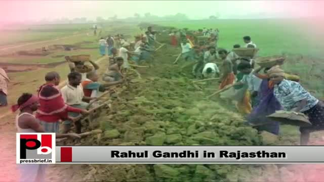 Rahul Gandhi in Rajasthan explains UPA's welfare policies