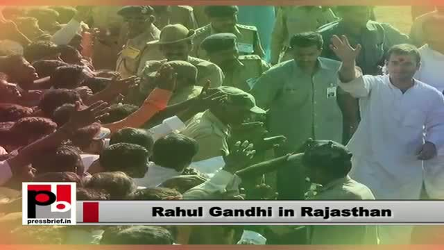 Rahul Gandhi strikes a chord with the Tribals in Rajasthan, assures full support