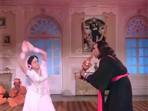Main Teri Dushman, Dushman Tu Mera - Sridevi, Amrish Puri - Superhit Hindi Song - Nagina (1986)
