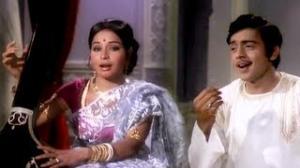 Re Man Sur Mein Ga - Classical Song - Lal Patthar (1971) - Raaj Kumar, Hema Malini, Raakhee, Vinod Mehra (Old is Gold)