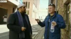 EDL leader Tommy Robinson quits Group