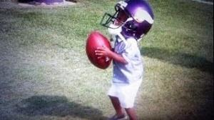 R.I.P Adrian Peterson 2 Year old Son Dies 10/11/2013