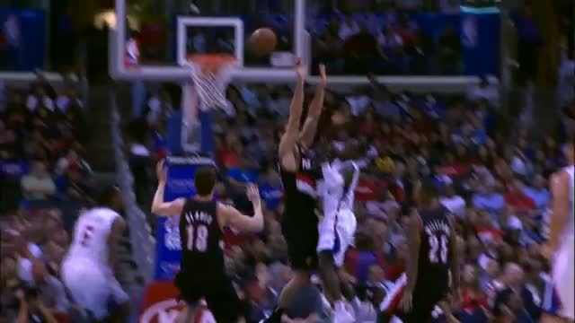 NBA: DeAndre Jordan Hits Collison in Face with Ball after Sick Alley Oop