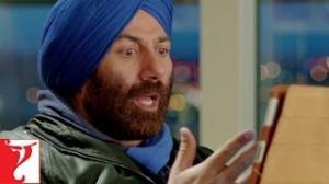 Yamla Pagla Deewana 2 Movie Scene - Oye! Yeh main kya kar raha hoon Ft. Dharmendra, Sunny Deol, Bobby Deol, Neha Sharma & Kristina Akheeva