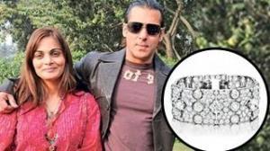 Salman Khan Gifts Rs 1.25 Crore DIAMOND Bracelet