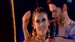 Sheesha - Bollywood Hit Disco Dance Song - 3 Nights 4 Days (2009) - Hrishitaa Bhatt, Anuj Sawhney