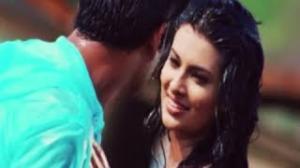 Tujhe Manga Hai - Bollywood Hit Romantic Song - Impatient Vivek (2011) - Vivek Sudarshan, Sayali Bhagat