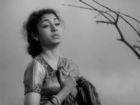 Duniya Ne Teri Duniyawale - Bollywood Classic Superhit Sad Song - Deedar (1951) - Dilip Kumar, Nargis [Old is Gold]