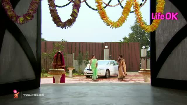 Gustakh Dil - 28th October 2013 - Ep 61