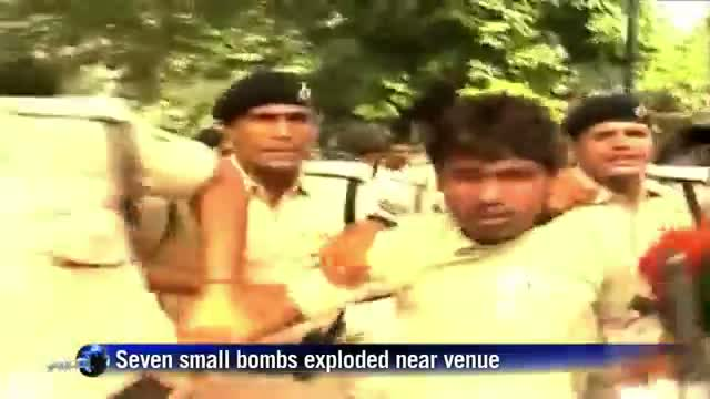 Bomb blasts kill five, wound 60 at Indian opposition rally
