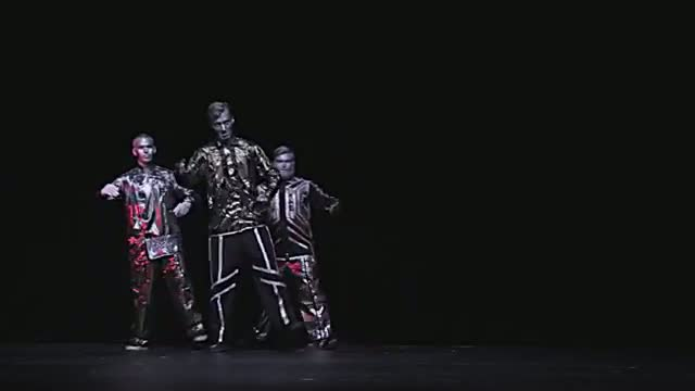 Robotboys feat. Poppin John