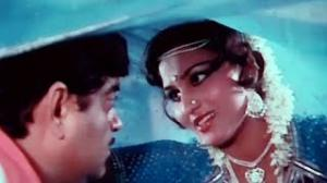 Us Raat Ki Subah Na Hone Du - Superhit Bollywood Mujra Song - Shatrughan Sinha, Reena Roy - Do Ustad (1982)