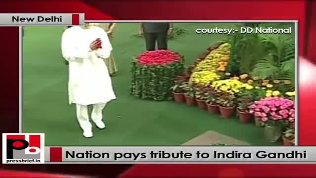 Sonia Gandhi, Rahul Gandhi at 24 Akbar Road to pay tribute to Indira Gandhi