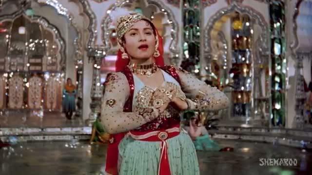 Pyar Kiya To Darna Kya - Madhubala - Dilip Kumar - Mughal-E-Azam - Bollywood Classic Songs - Lata (Old is Gold)