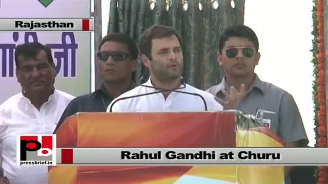 Rahul Gandhi in Churu (Rajasthan) talking personal story