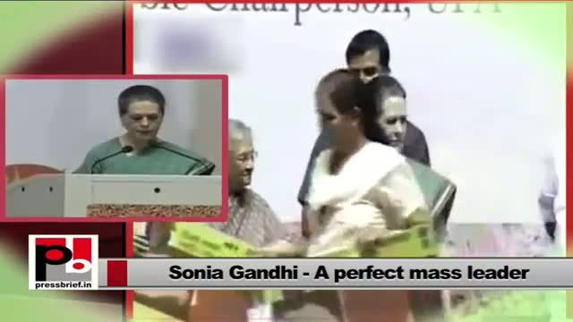 Sonia Gandhi launches Food Security programme in Delhi