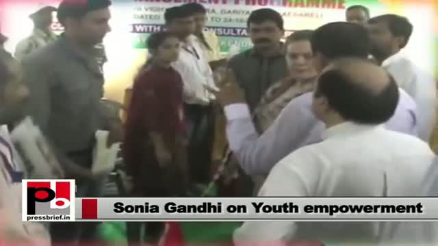 Sonia Gandhi in Raebareli; launches several development projects in the constituency