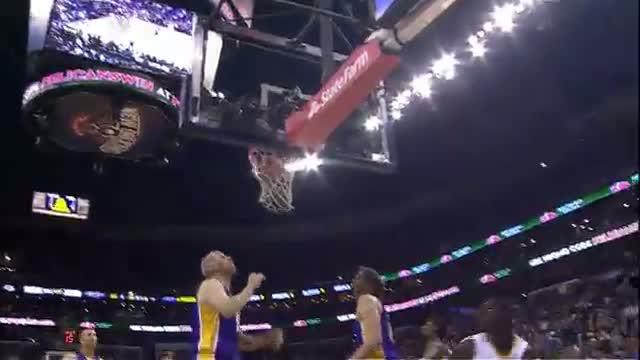 NBA: Jrue Holiday's SICK Double Crossover on Chris Kaman