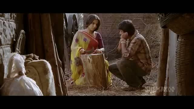 Vidya Balan Seduces Arshad Warsi Ishqiya Romantic Scene