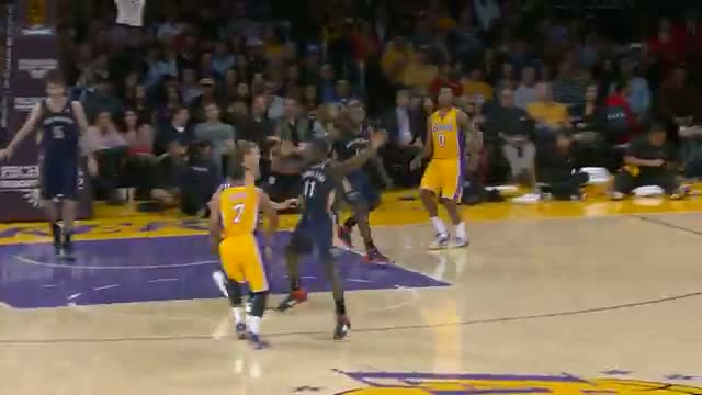 NBA: Xavier Henry POSTERIZES Jeff Withey