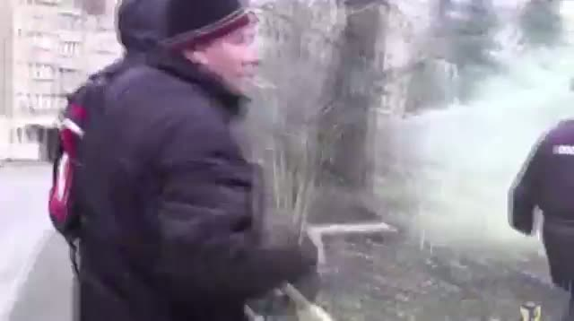 Russians Toss Flares at Polish Embassy