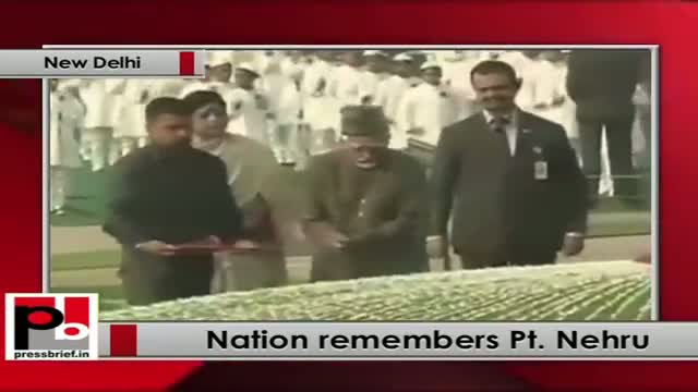 Sonia Gandhi, Rahul Gandhi pay tribute to Pandit Nehru on his 124th birth anniversary