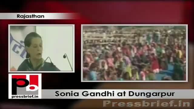 Sonia Gandhi addresses Congress election rally in Dungarpur (Rajasthan), lauds Gehlot Govt