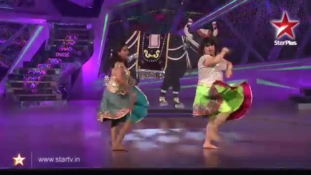 Nach Baliye 6 : The judges enjoy Kiku and Priyanka's superb performance - 23 November 2013