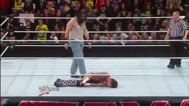 WWE Raw: CM Punk & Daniel Bryan vs. The Wyatt Family - 2-on-3 Handicap Match - Nov. 25, 2013