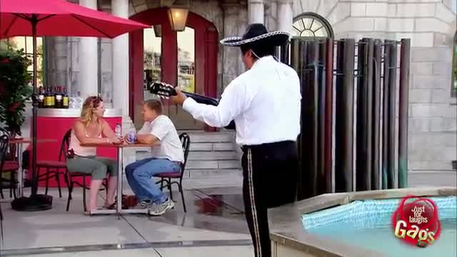 Instant Accomplice - Annoyed Girlfriends ATTACK Street Busker