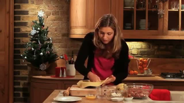 Christmas Recipes: how to make Christmas pork pie - Merry Christmas