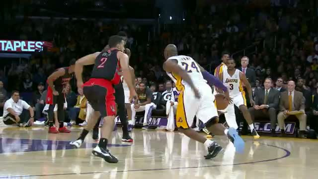 NBA: Kobe Bryant's Killer Crossover and Dish to Pau Gasol