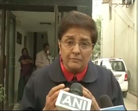 Kejriwal, BJP should work together, says Kiran Bedi