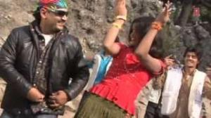 Chalat Musafir Mohaliya Re - Bhojpuri Video Song | Movie: Sab Ras Le Liyo Re Pinjrewali Muniya