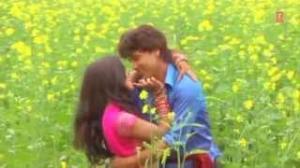 Kaili Bharosa Tohra - Bhojpuri Video Song   Movie: Sab Ras Le Liyo Re Pinjrewali Muniya