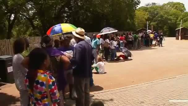 A bus ride to say farewell to Nelson Mandela