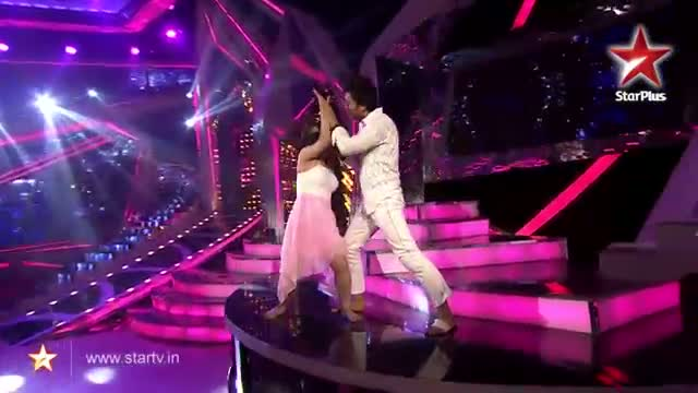 Nach Baliye 6 - Judges are Emotionally touched with Ripu and Shivangi's Performance - 22th December 2013