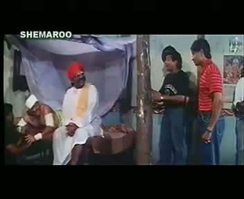 Johnny Lever Comedy Scene From The Movie Do Ankhen Barah Haath (1958)