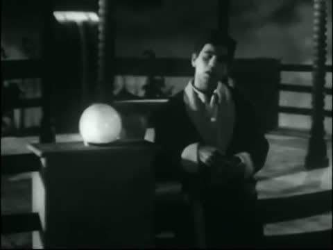 Ek Main Hoon Ek Meri Bekasi Ki Shaam Hai - Classic Hit Song - Dilip Kumar, Madhubala - Tarana (1951)