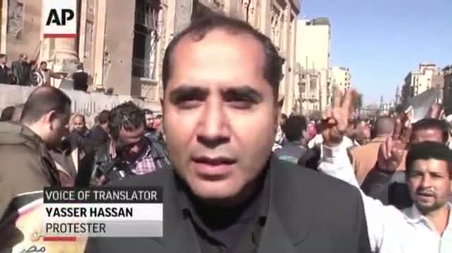 Deadly Clashes Erupt in Cairo After Explosions Video