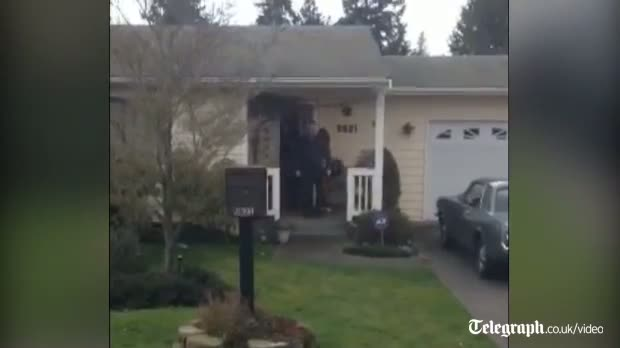 Amanda Knox leaves mother's house after news of murder conviction video