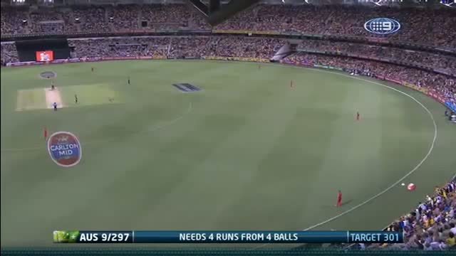 James Faulkner smashes Australia to victory 2nd ODI vs England Video