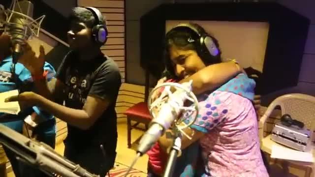 Pannaiyaarum Padminiyum - Making of Enga Ooru Vandi Song (Tamil Movie Song)