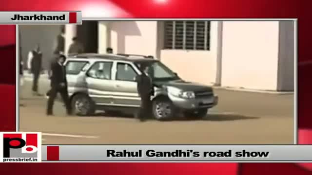 Rahul Gandhi visits Jharkhand takes part in a road show