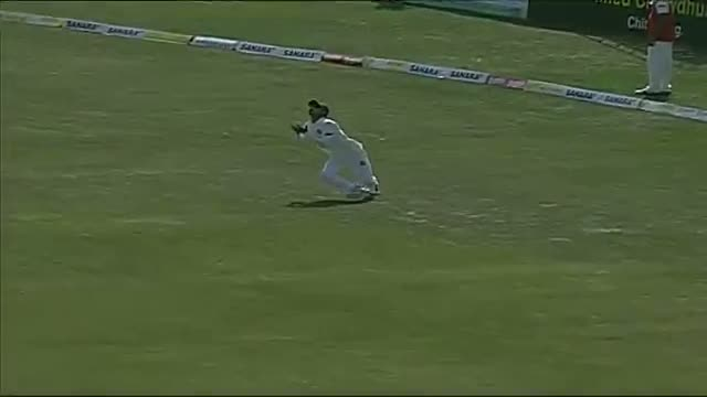 Nasir Hossain and Mominul Haque spilling catch (Bangladesh vs Sri Lanka 2014 - 2nd Test) Video