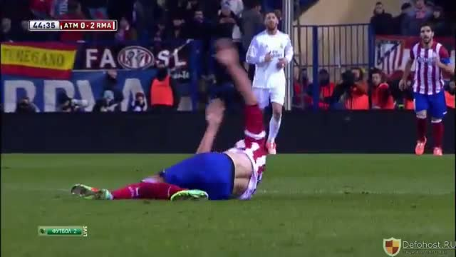 Cristiano Ronaldo Horror Foul vs player - Atletico Madrid vs Real Madrid Copa Del Rey