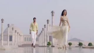 """Suno Na Sangemarmar"" Youngistaan Song by Arijit Singh - Jackky Bhagnani & Neha Sharma"