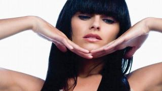 Nelly Furtado - Say It Right (Official)